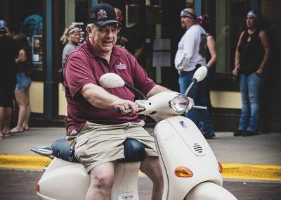 moped-rider