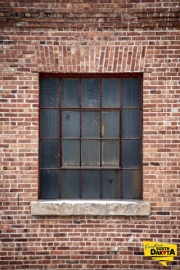 bricks-window