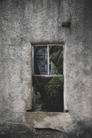 old-building-window